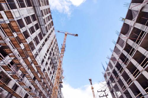 """""""Доступное жилье"""": как государство помогает украинцам купить квартиры"""